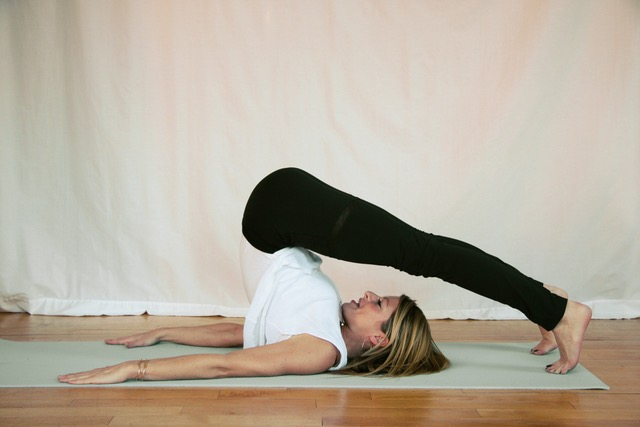 Pilates-rollover-exercises-to-increase-height-2